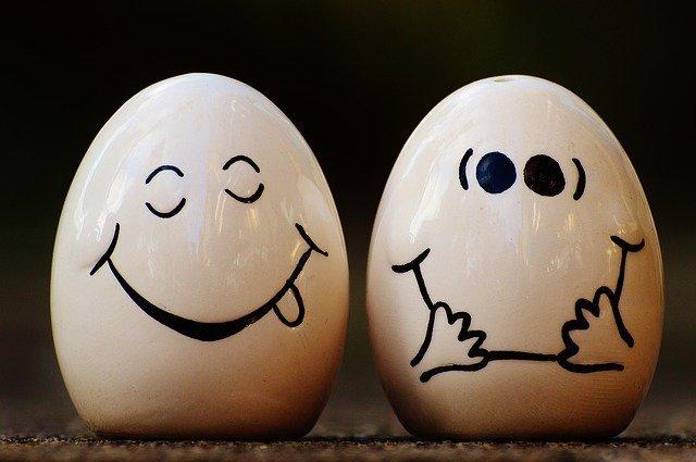 Яйца - особенно желтки - ваш источник холина.