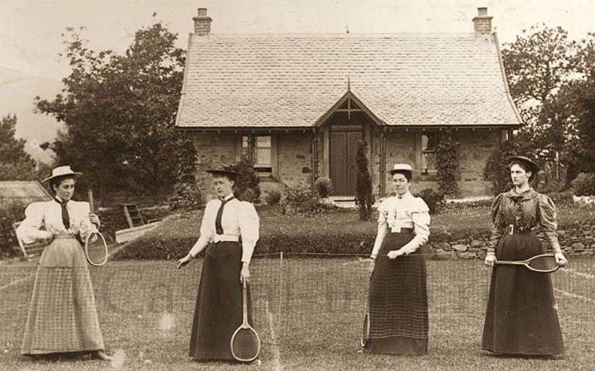 Женская одежда для занятий теннисом
