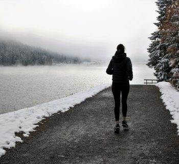 Инструкторы назвали обязательные условия безопасного бега зимой