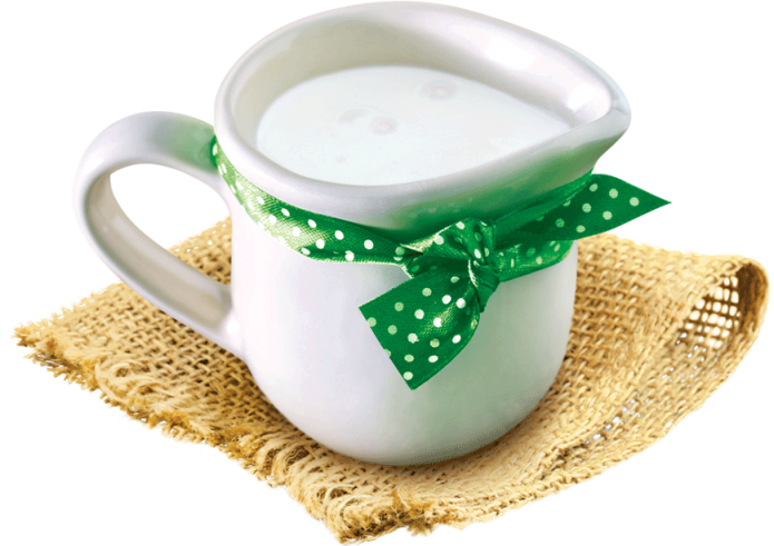 Чашка с кефиром