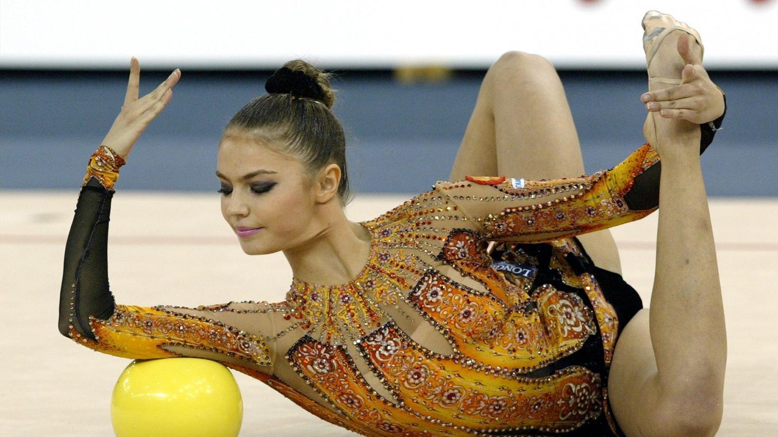 лучшие русские художественные гимнастки фото тумбы шкафы отличаются