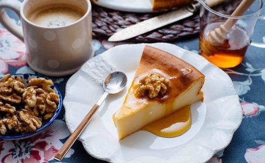 Чизкейк и кофе