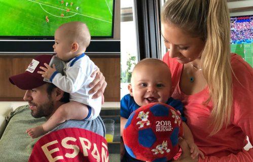 Анна Курникова с детьми