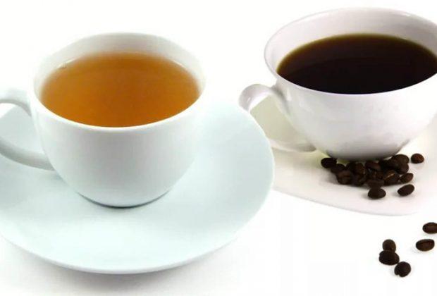 Чашка чая и чашка кофе
