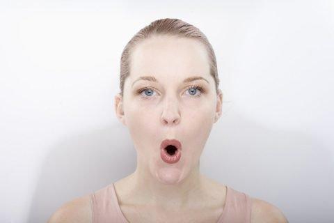 Рот в форме буквы О