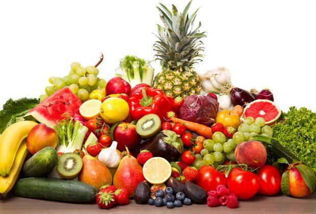 Много овощей, фруктов и ягод