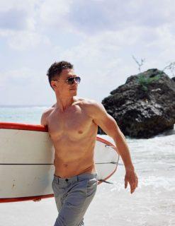 Тимур Батрутдинов на сёрфинге