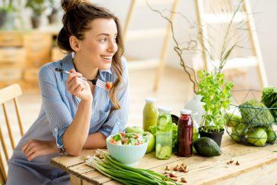 Девушка на диете весной